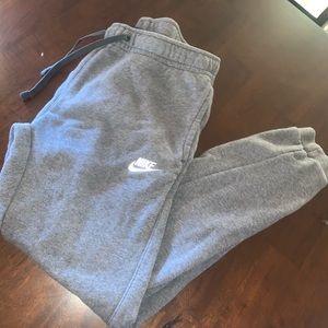 Men's small Nike's